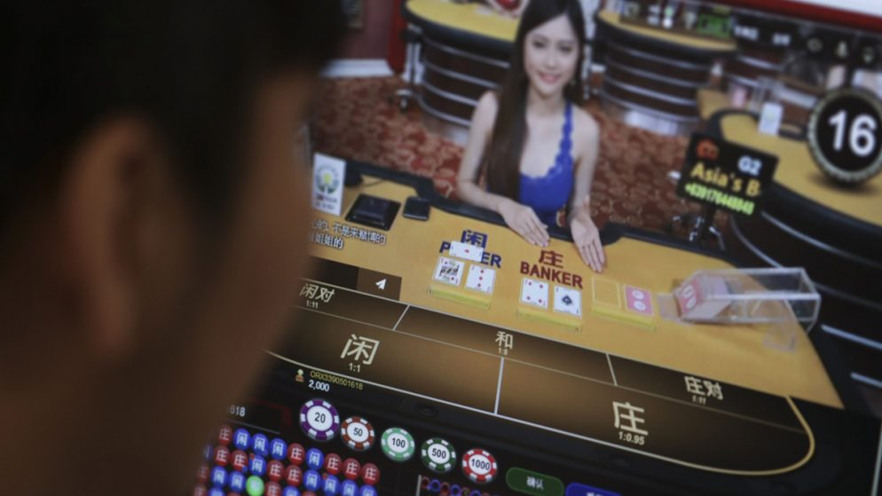 Thai Gamblers Sent Back from Cambodia