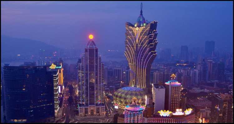 Macau casinos end the year on a downer following disappointing December