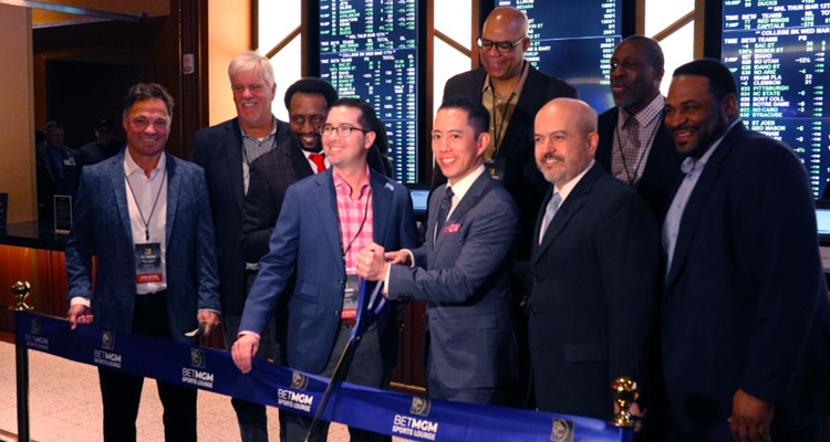 Detroit casinos kick off legal sports betting in Michigan