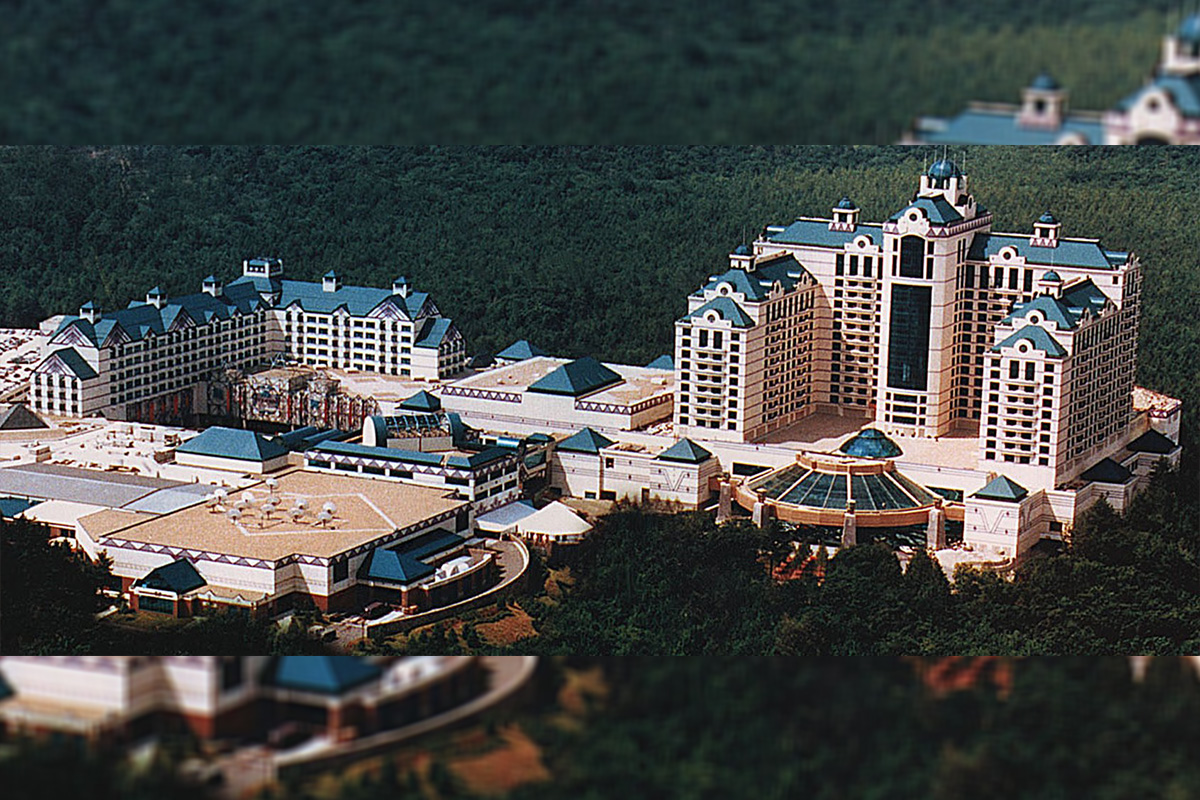 Foxwoods Resort Casino Shuts Down for Two Weeks