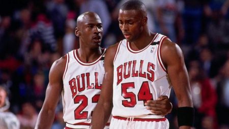 """Horace Grant's Negative Reaction to Michael Jordan and """"The Last Dance"""" Documentary"""