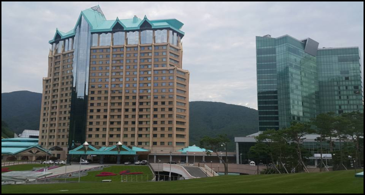 South Korea's Kangwon Land Casino postpones full re-opening
