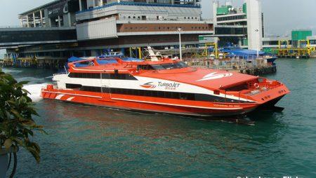 Macau boost for Hong Kong gamblers