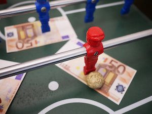 Irish betting shops start to shut doors again