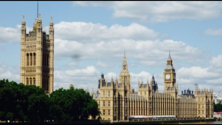 Parliamentarians call for radical revamp of United Kingdom's iGaming industry