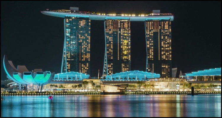 Marina Bay Sands operator agrees out-of-court settlement