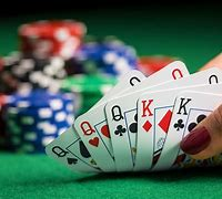 LA poker rooms close again