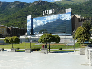 Italian casinos see revenue drop €103m