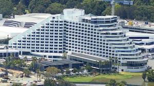 Perth casino closes for lockdown