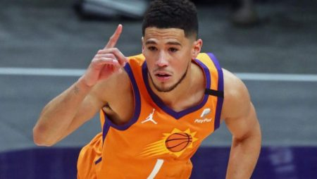 Suns' Devin Booker Replaces Injured Anthony Davis in NBA All Star Game
