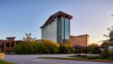 Harrah's Cherokee Casinos expects to complete $250m expansion this fall
